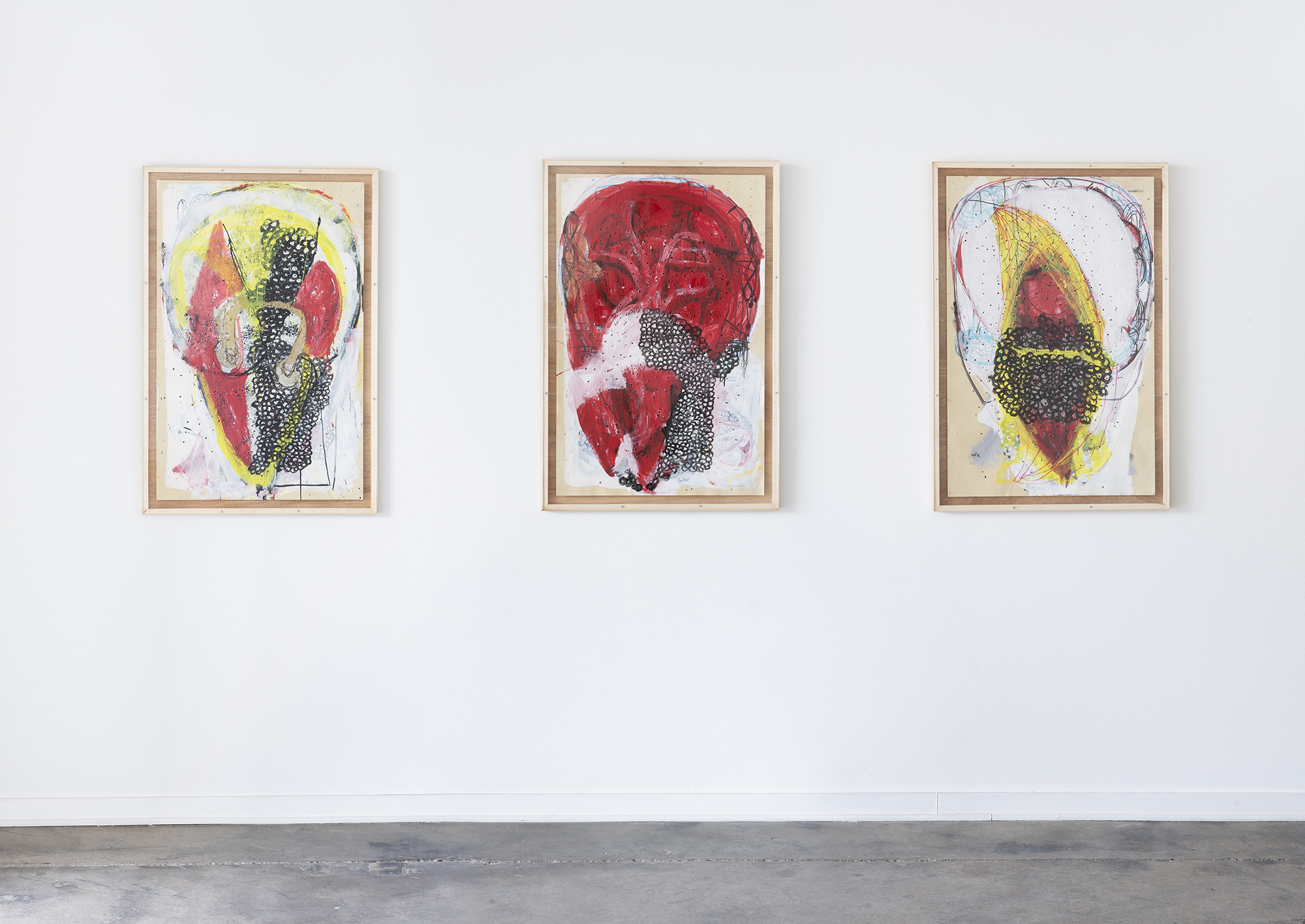 Michael_Luchs_bird_heads_installation_DESOUSA_GALLERY_web